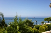 9336, 3 Bedroom Seafront Apartment